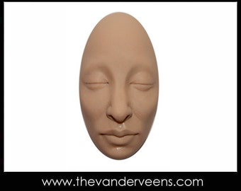 Mold No.67 (Elongated Oval Face- closed eyes) by Veronica Jeong