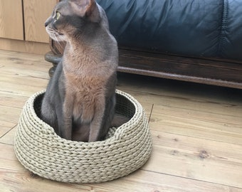 Pet Bed / Cat Bed / Dog Bed / Cat Basket / Dog Basket / Dog / Cat