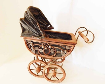 """15"""" X 17"""" Vintage Baby Doll Carriage or Buggy"""