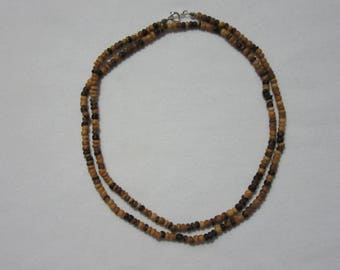 Wooden rondelle beaded necklace