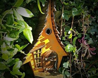 Rumpelstiltskin birdhouse/birdhouses/handmade/Garden art/bird houses