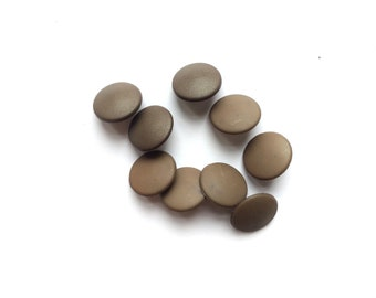 9 Brown Vintage Buttons