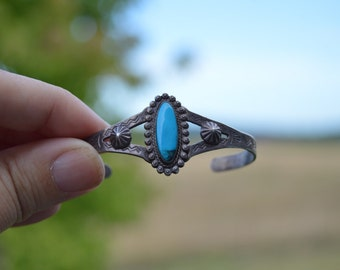 Vintage sterling silver turquoise stamped southwestern style cuff bracelet