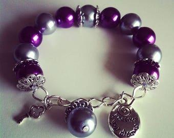 Bracelet à breloques gris violet #63