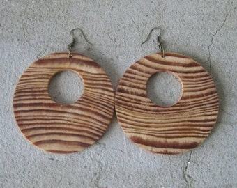 Larch wood earrings.