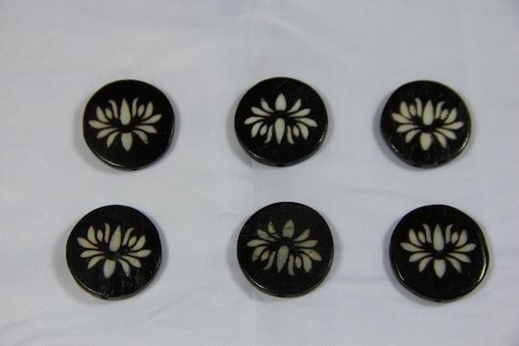 6 pcs Batik Bone Flower Coin Beads