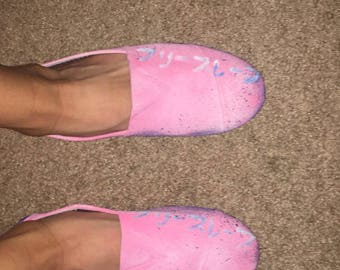 furisurebu classic pink slip ons