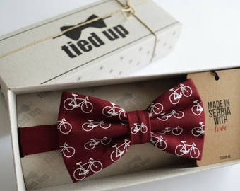 Bicycle on Bow tie, Retro bicyle bow tie, Wedding bow tie, Bow tie for men,women, and kids.