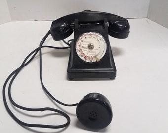 Vintage Mother In Law Listener, French Telephone, dated 1963, Propriete De L' ETAT,   P. et T. Appareil Mobile B.C.I, Bakelite Rotary Phone