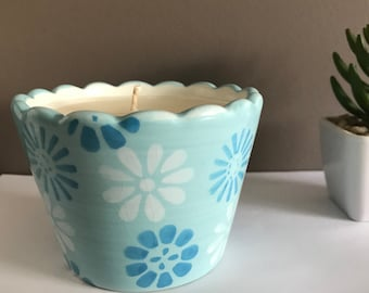 French Vanilla - Hand Poured Soy Candle (Blue Flower Pot)