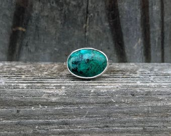 Chrysocolla Ring - Green Ring - Sterling Silver - Chrysocolla Jewelry - Gemstone Ring - Hammered Band - Stacking Ring - Green Gemstone Ring