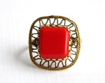 Antique Vintage Victorian Cherry Red Flat Glass Ring - Size 5.5 Very Unusual