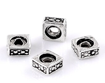 100 beads square CADMIUM-free zinc alloy washers