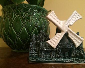 Shawnee Windmill Planter #715