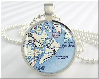 Hilton Head Map Pendant, Resin Charm, Hilton Head Island South Carolina, Resort Map Necklace, Picture Jewelry, Gift Under 20, Round 735RS