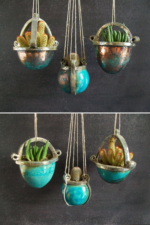 Vasi sospesi fioriere pensili in ceramica raku per piante for Vasi sospesi