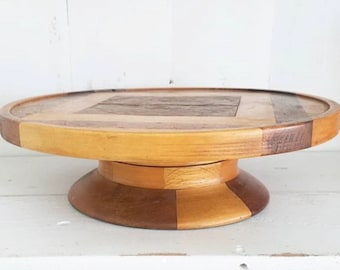 Wooden swivel cake stand