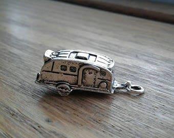 Camper Trailer Charm , Antique Silver Toned RV Charm / Pendant x 1   (H-2)