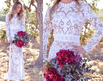 Victorian Lace Long Sleeve Hourglass Mermaid Trumpet Scallop Wedding Dress Gown Boho Bohemian One of a Kind OOAK Saldana Vintage