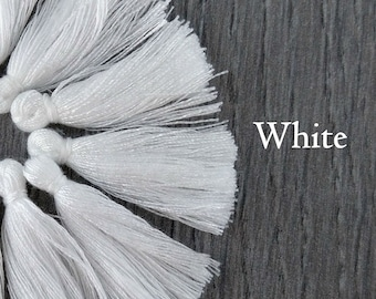 White Cotton Tassel, Mini Tassel, 25-35mm, 10/20/50pc, Bohemian Tassel, White Tassel, Tassel for Earrings, Australian Seller, TS109