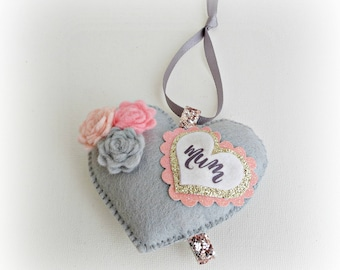 Mothers Day Heart - Hanging Ornament Decoration - Mum Gift - Mom Gift - Flower Heart - Personalised