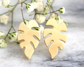 Monstera Leaf Earrings, Palm Tree Earrings, Tropical Earrings. Gold Palm Tree Earrings, Tropical Wedding, Gift For Her, Gold Palm Studs.