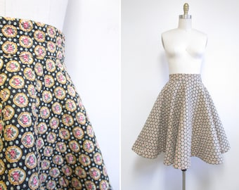 Vintage 1950s Skirt | Rose Print 1950s Quilted Circle Skirt | size xs - small