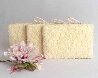 Bridesmaid Gift Bag Wedding Clutch  Braidsmaid Wristlet Wedding Purse Bride Clutch Bag Evening Purse Cream Lace on Satin