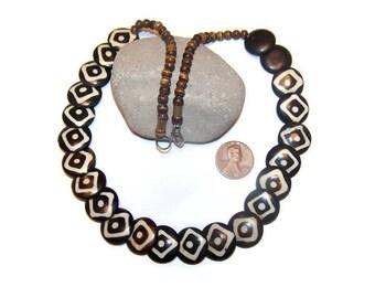 Vintage carved Bovine Necklace, Bohemian, Boho jewelry, Carved bone jewelry, Tribal, Tribal jewelry, Bohemian jewelry, Necklaces