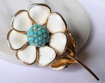 Vintage Milk Glass Flower Large Brooch, White Milk Glass Petals Turquoise Color Glass Center Gold Tone Figural Pin, Estate Jewelry, 1960s'