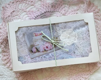 SHABBY PASTEL laces Inspiration Box. Dyed by hand.
