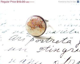 Whole Wide World Ring- Vintage World Map Ring- World Ring Adjustable- Antique World Map- Retro Space- Globetrotter