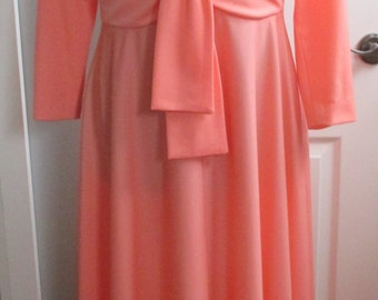 1970'S  Peach Knit Empire Waist Maxi Hostess Party Dress