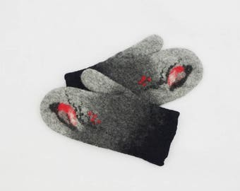 Felted Mittens Gray