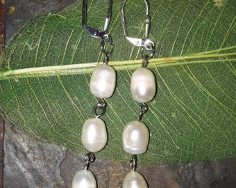 Pearl Earrings, Fresh water pearls, dangle earrings, elegant earrings