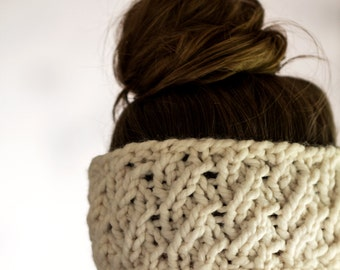 Knit Headband Knitting Pattern - a set of instructions to knit - DIGNITY