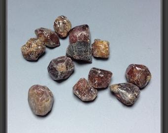 Zircon from Tanzania - 12pc - 7.85g