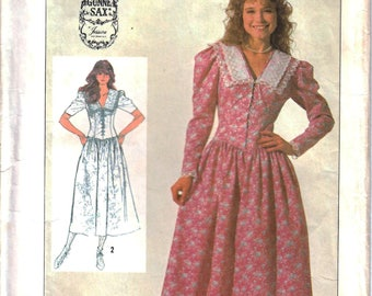 Simplicity 7371 Gunne Sax Woman's Dress, Fitted Bodice Dress, Wide Collar Dress, Lace-Up Dress Sewing Pattern Size 10 Vintage 1980s UNCUT