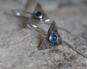 sterling silver triangles with London Blue Topaz cabochons. Textured. Oxidized. minimalist