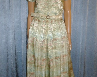 """Vintage 50's - Asian - Damask - Brocade - Chinese - Cheongsam - Bombshell - Pin Up - Full Skirt - Dress - bust: 36"""" - For Costume or Stage"""