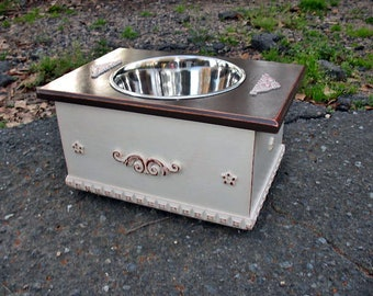 Farmhouse style single bowl pet feeder. one 3 quart bowl, dark brown top and white boxed in bottom, Pet Feeder, Dog Bowl, Made to Order