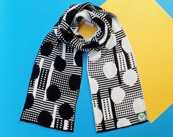 Blowball Black/White Double Sided Reversible Knitted Scarf | Warm Winter Gift