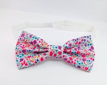 Bow tie Liberty elegant white and pastel pink flowers man