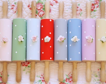 Vintage Shabby Chic Polka Dot Hanging Colourful Wooden Rolling Pin Rose Kitchen Decor