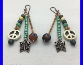 Peace Sign Earrings / White Peace Sign / Hippie Earrings / Earth Tone Earrings / Beaded Earrings / Unique gift ideas / Urban Gypsy Jewelry