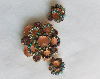Vintage brooch and clip earrings set