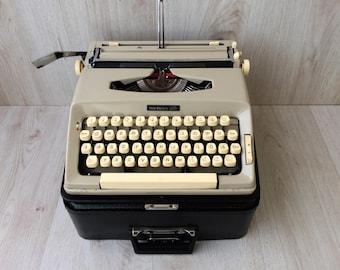 """Working typewriter Portable typewriter Vintage typewriter """"Madame 500"""" typewriter Manual typewriter Home decor Office decor Gift"""