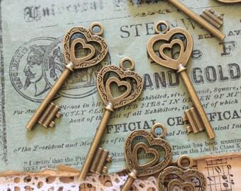 10 Heart Skeleton Keys Antique Brass Steampunk Supplies Wedding Key
