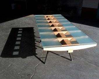 Alesund Table