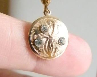 Gold Tone Medallion Look Clear Rhinestone Clip On Earrings